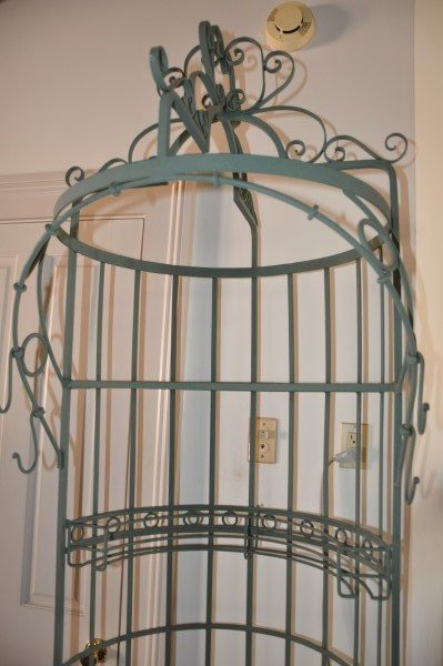 "Wrought iron wine rack, 8' H x 1'11"" round - 3"