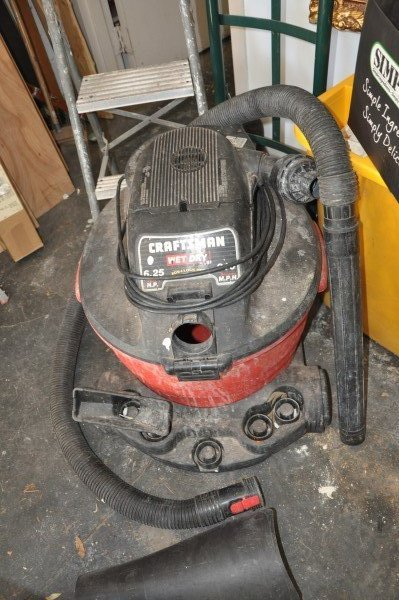 Craftsman Wet-Dry Vac 6.25 HP 210 MPH, furniture dolly, - 3