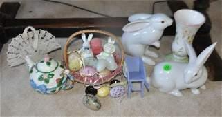 Easter collectible porcelain rabbits tea pot basket