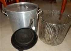 Large crawfish pot with lid & basket & cast iron deep