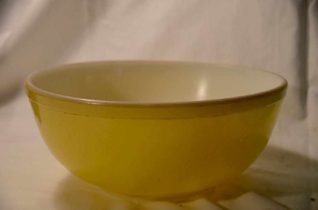 Five Pieces of Pyrex Bowls - 3
