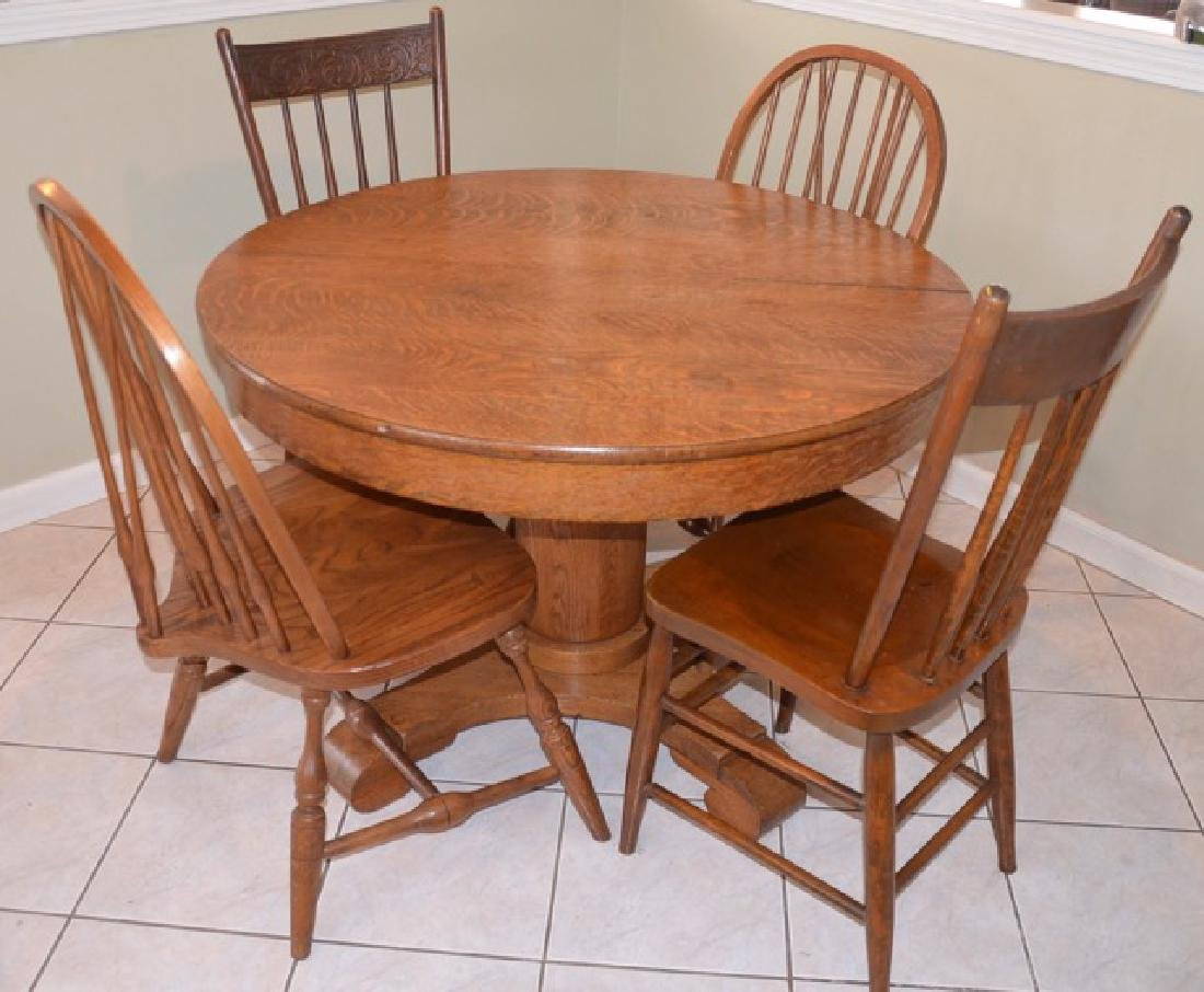 Oak Pedestal Dining Table & Chairs