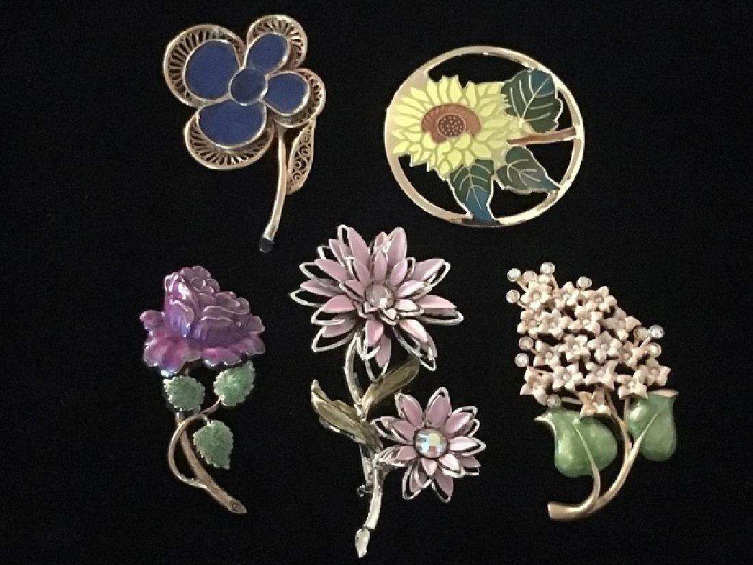 Costume Jewelry Pin Lot (5)