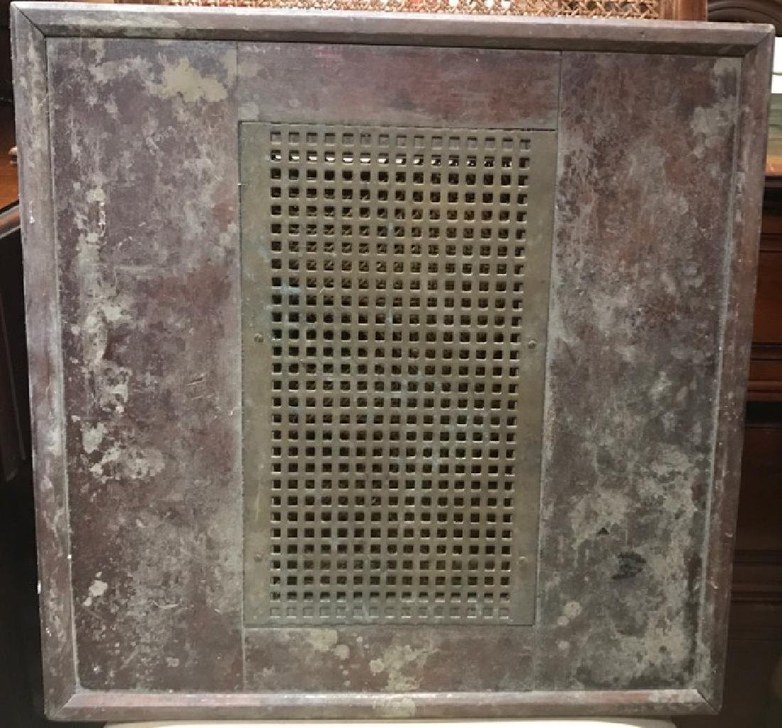 Architectural Element - Vent or Lid