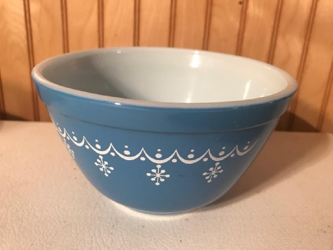 Two Mixing Bowls - Pottery and Pyrex - 9