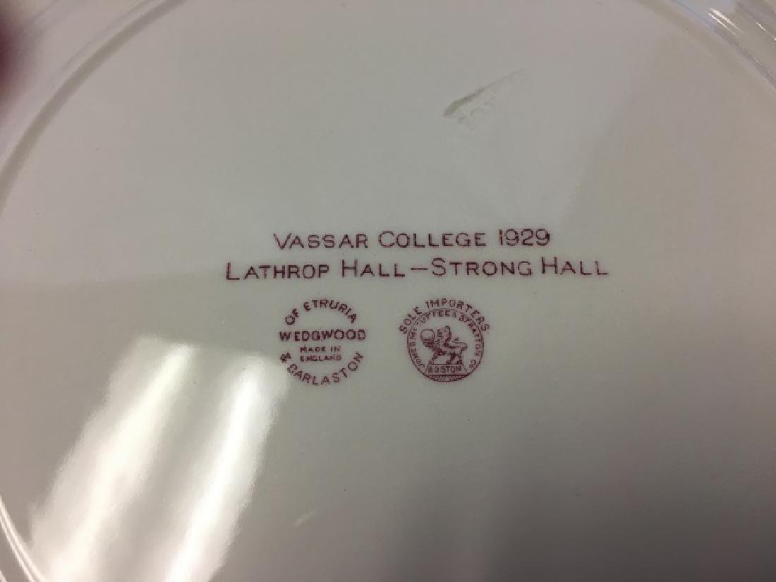 Vassar College Wedgwood Dinner Plates (9) - 5