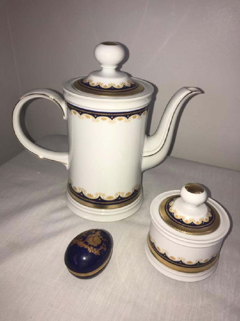Mitterteich Teapot and Sugar Bowl