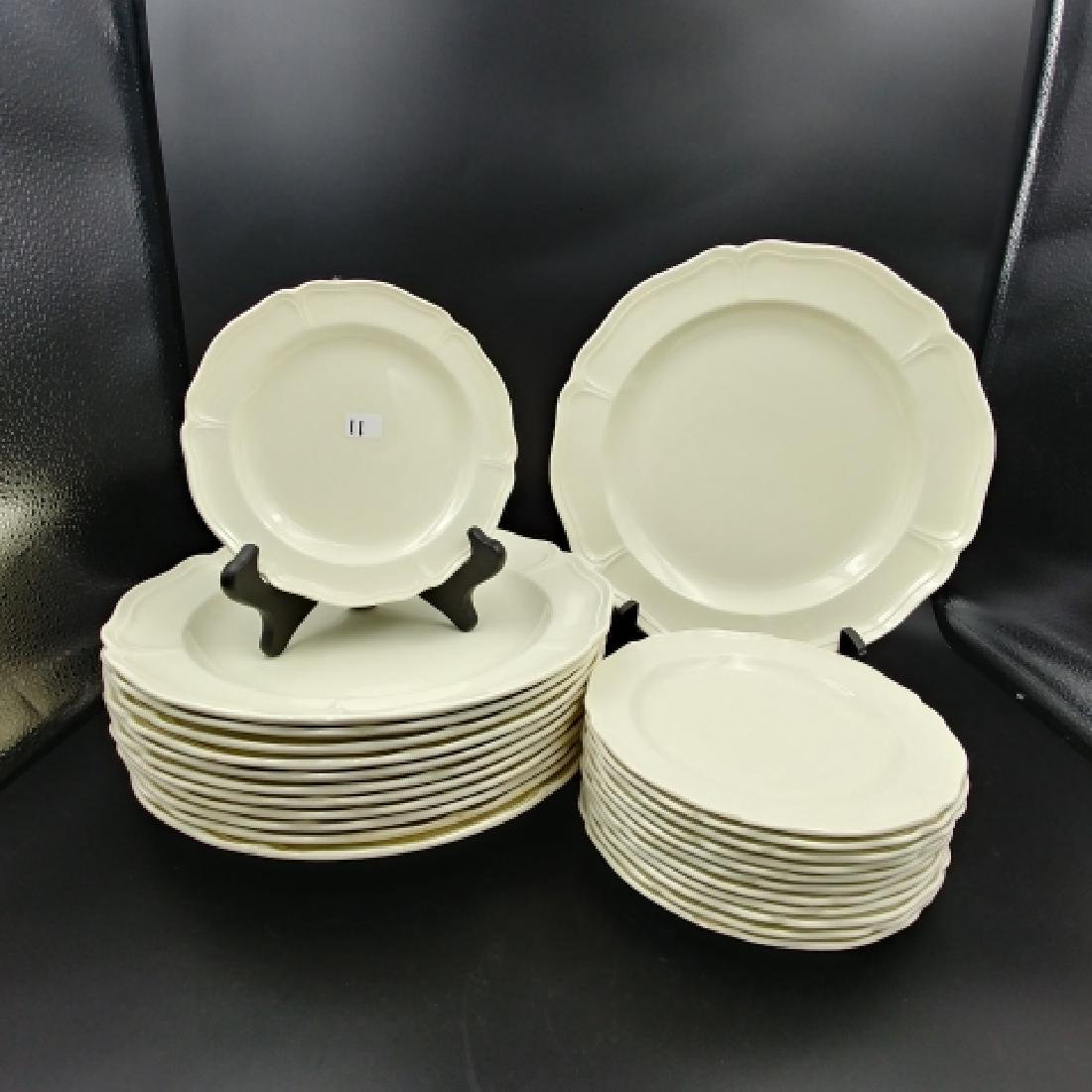 Wedgwood Queens Shape Plates (24)