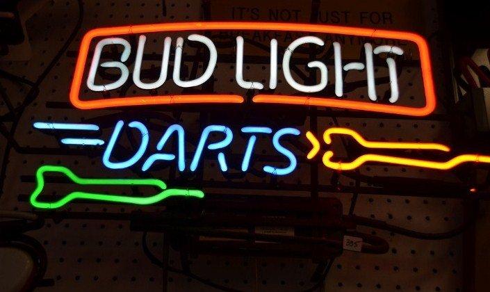 Bud Light Darts Neon Light Up Bar Sign