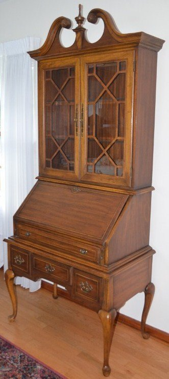 Queen Anne Drop Front Secretary Desk with Hutch