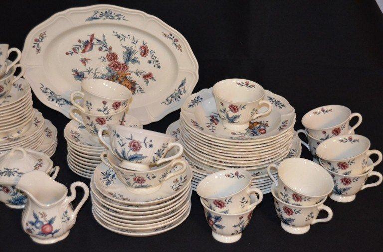 Wedgwood Williamsburg Potpourri Dinnerware - 3
