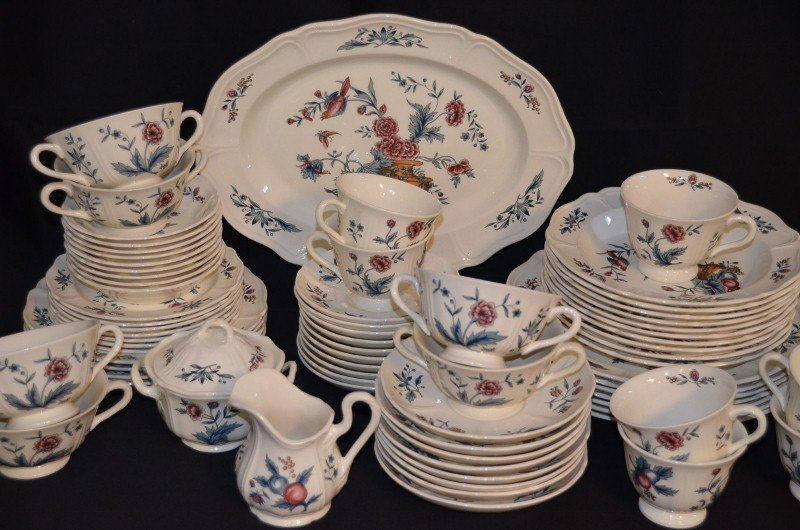 Wedgwood Williamsburg Potpourri Dinnerware - 4