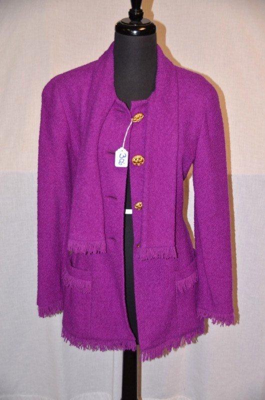 Chanel Boutique Fushia Wool Blazer