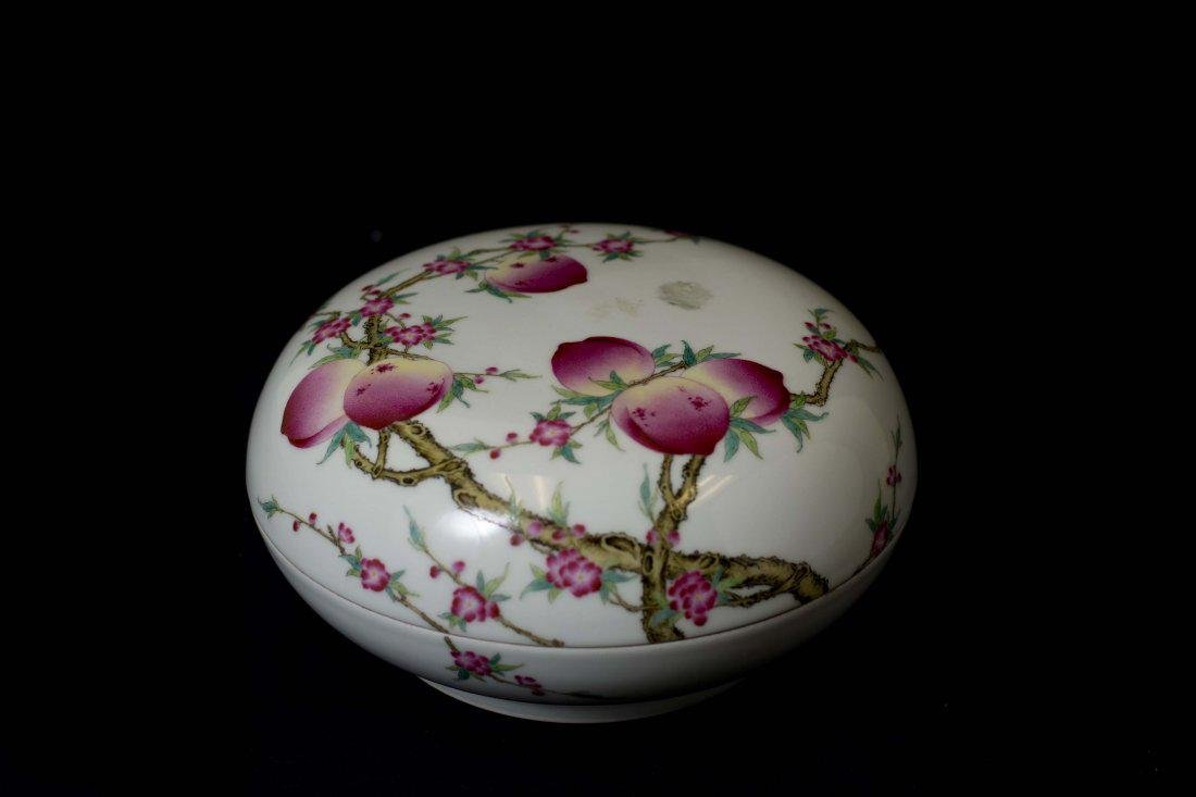 A Fine Chinese Famille Rose Box