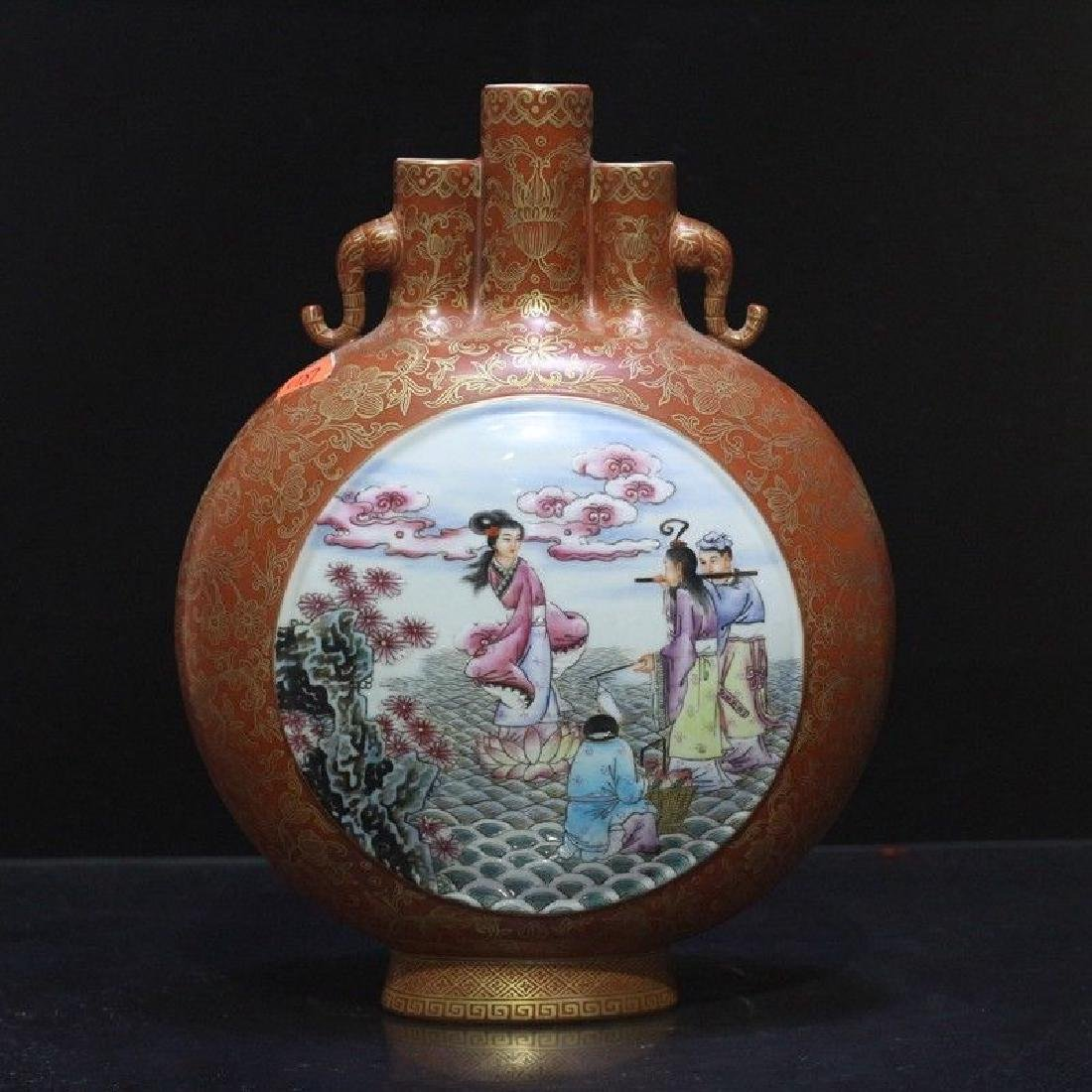 An Exceptional Famille Rose Vase - 2