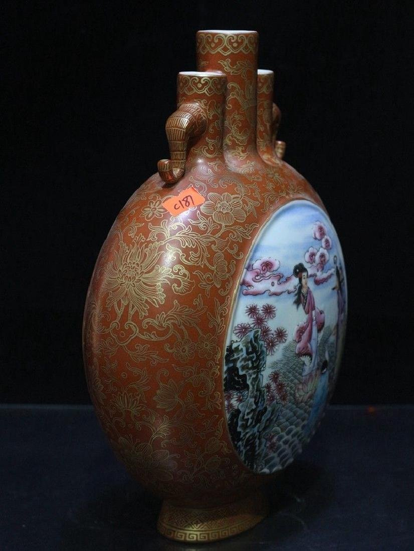 An Exceptional Famille Rose Vase - 6