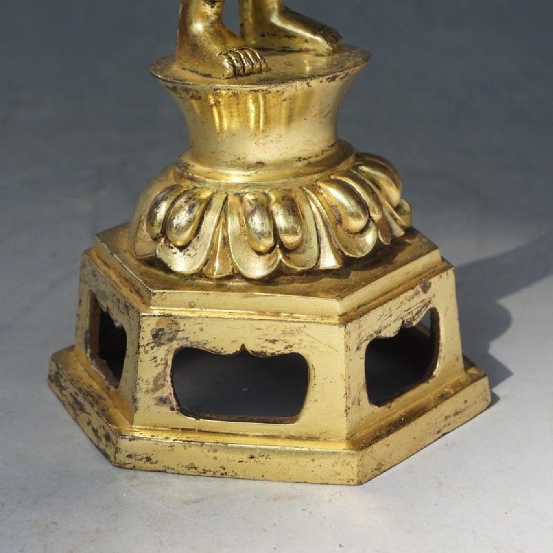 A Gilt Bronze Figure of Buddha - 8