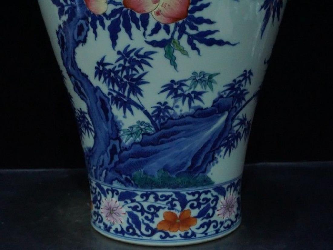 A Rare Famille Rose Porcelain Vase - 8