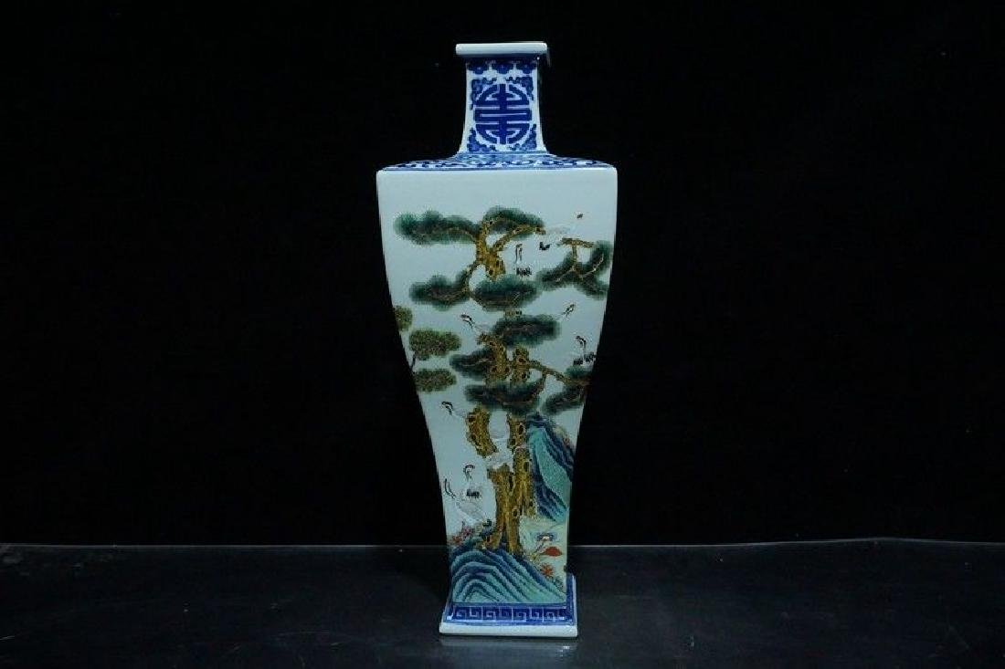 A Blue and White and Famille Rose Porcelain Vases