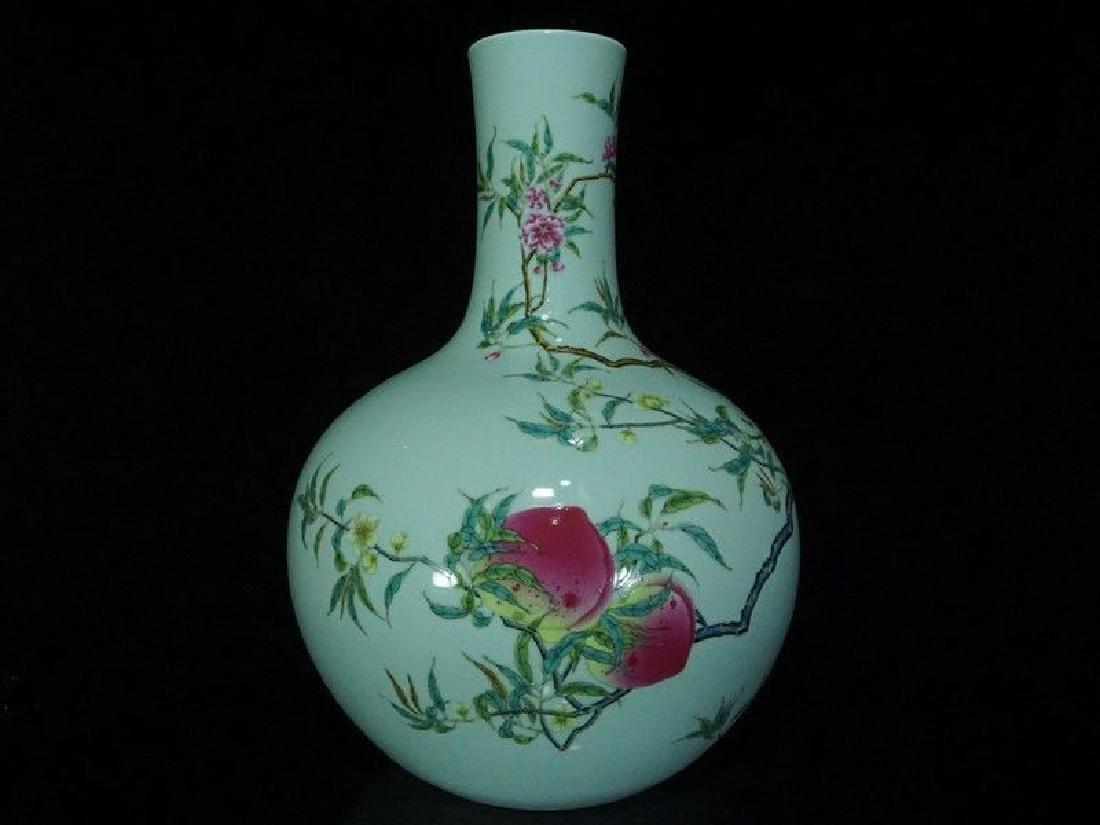 A Famille Rose Porcelain Vase - 6