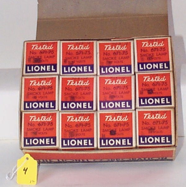 4: 12 Boxed 703-10 18V Smoke Lamps (Overprinted 675-75