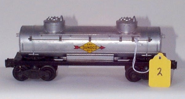 1002: 2465 Sunoco Tank Car, Decal in Center, Flying Sho