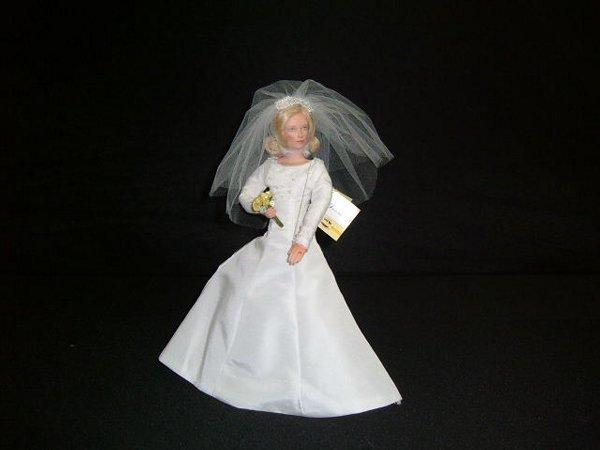 2: Donna Bride Doll