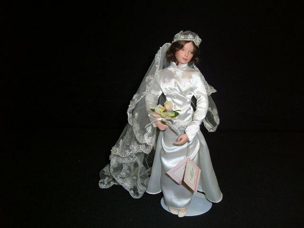 4: Grace Bride Doll