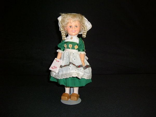 """8: """"Shirley Temple"""" Doll"""