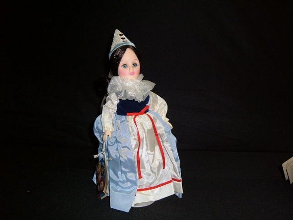 """20: """"Queen of Hearts"""" Doll"""