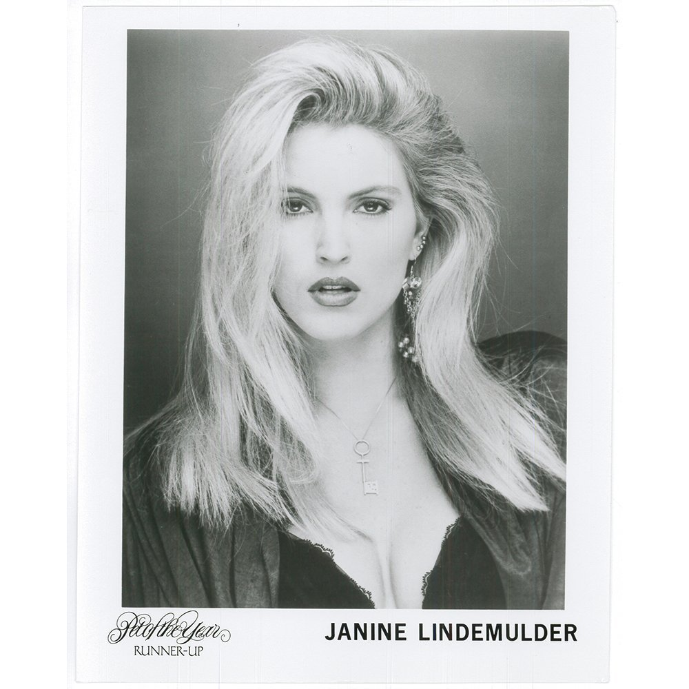 Watch Janine Lindemulder video