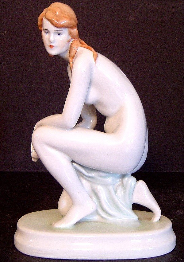 241: ZSOLNAY KNEELING NUDE FEMALE FIGURE, PORCELAIN, HT
