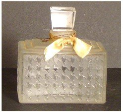 266: CHRISTIAN DIOR PERFUME BOTTLE, LOOKS LIKE LALIQUE?