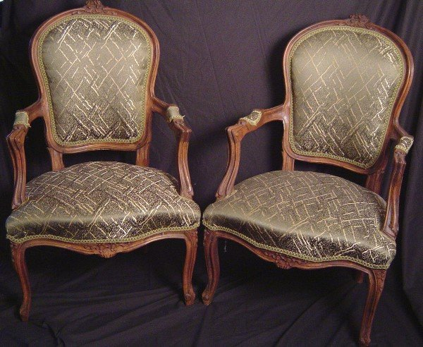 920: PR OF LOUIS XV FAUTEUILS, UPHOLSTERED, GOOD COND