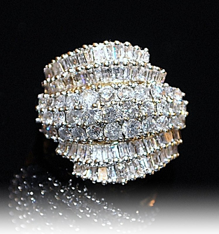 14K  Y-Gold & Diamond Ring