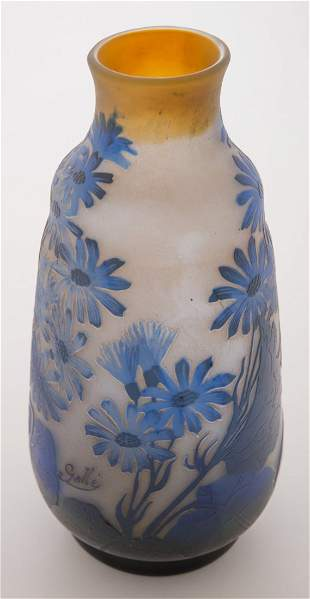 Galle Cameo Vase with Flowers
