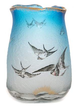 Daum Nancy Hirondelles (Sparrow) Vase
