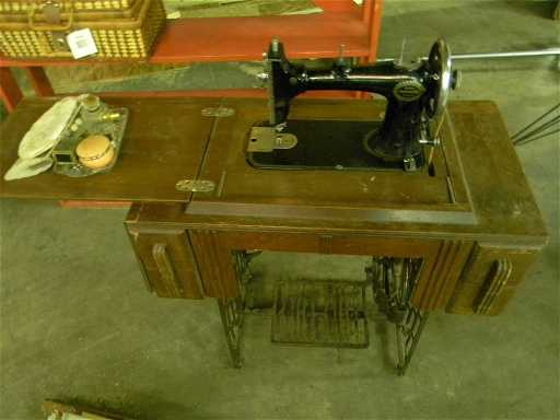 Antique Wards Damascus Rotary Sewing Machine Adorable Damascus Sewing Machine