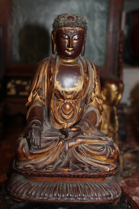 Antique Chinese wood gilt lacquer buddha