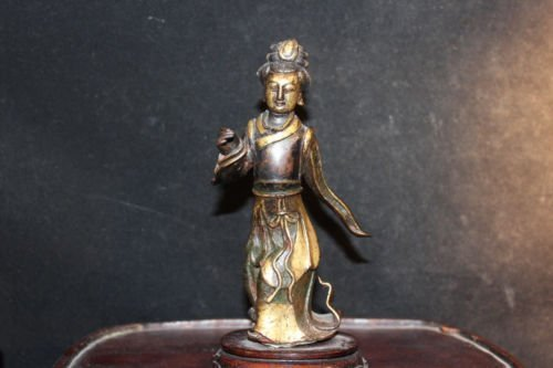 antique Chinese gilt bronze figure