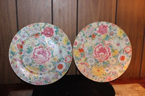 Antique Pair of Chinese hand painted plates