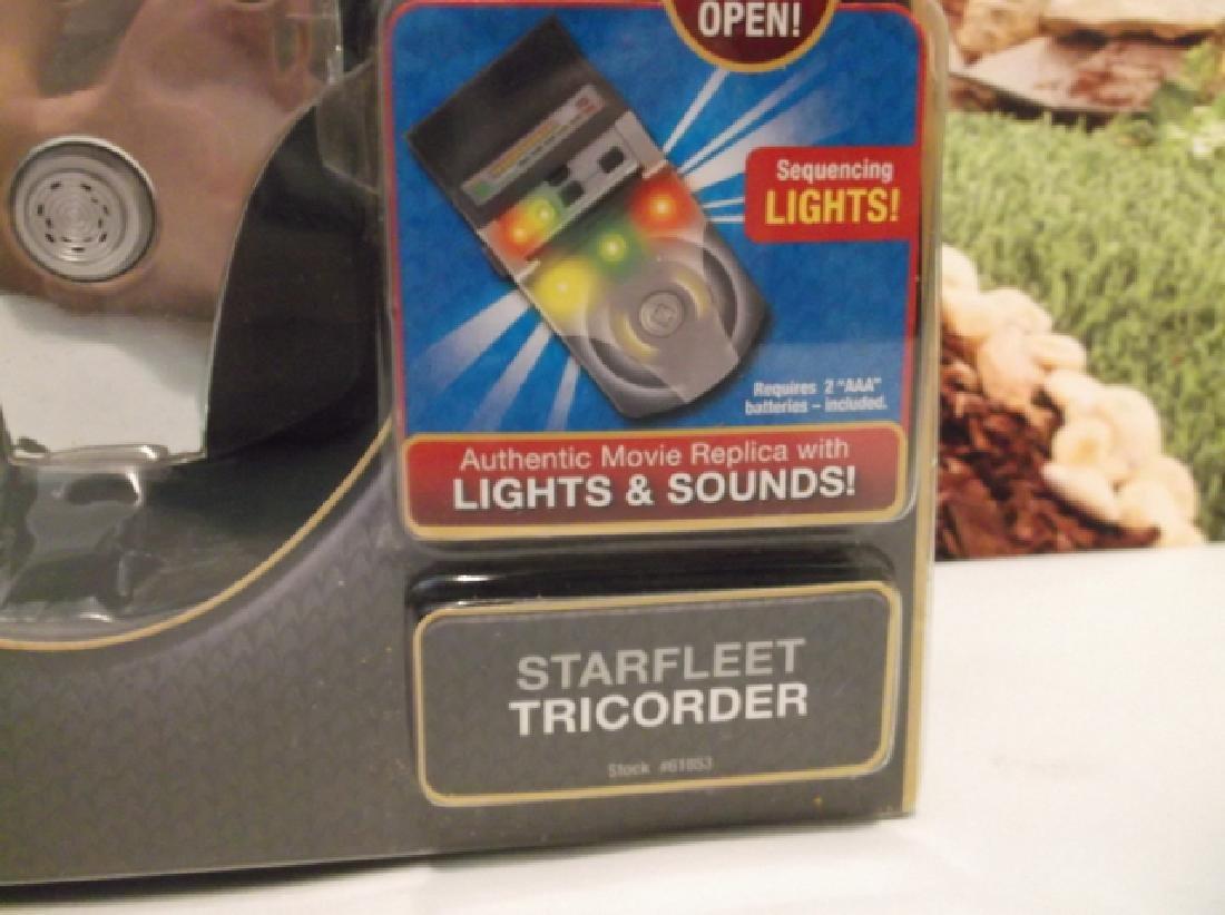2009 Sealed Star Trek Starfleet Tricorder MOC - 2