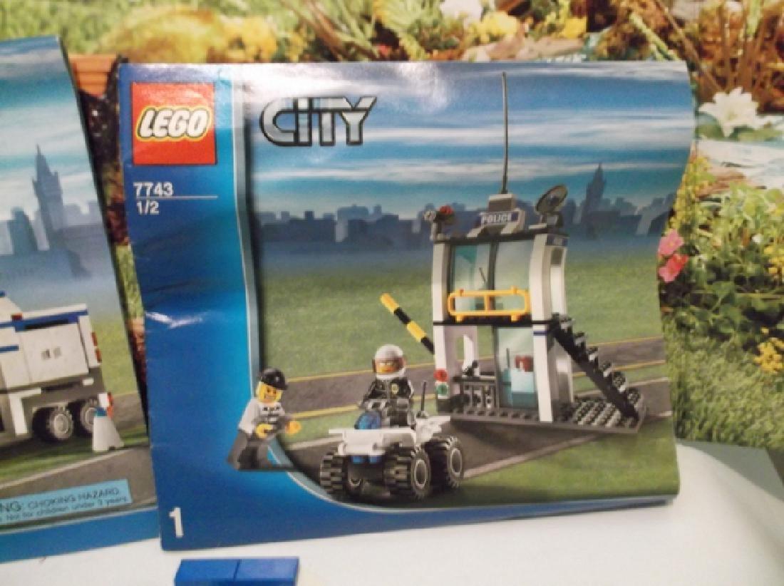 2008 Lego Brand City Set Police Hauler & Minifig Set - 7