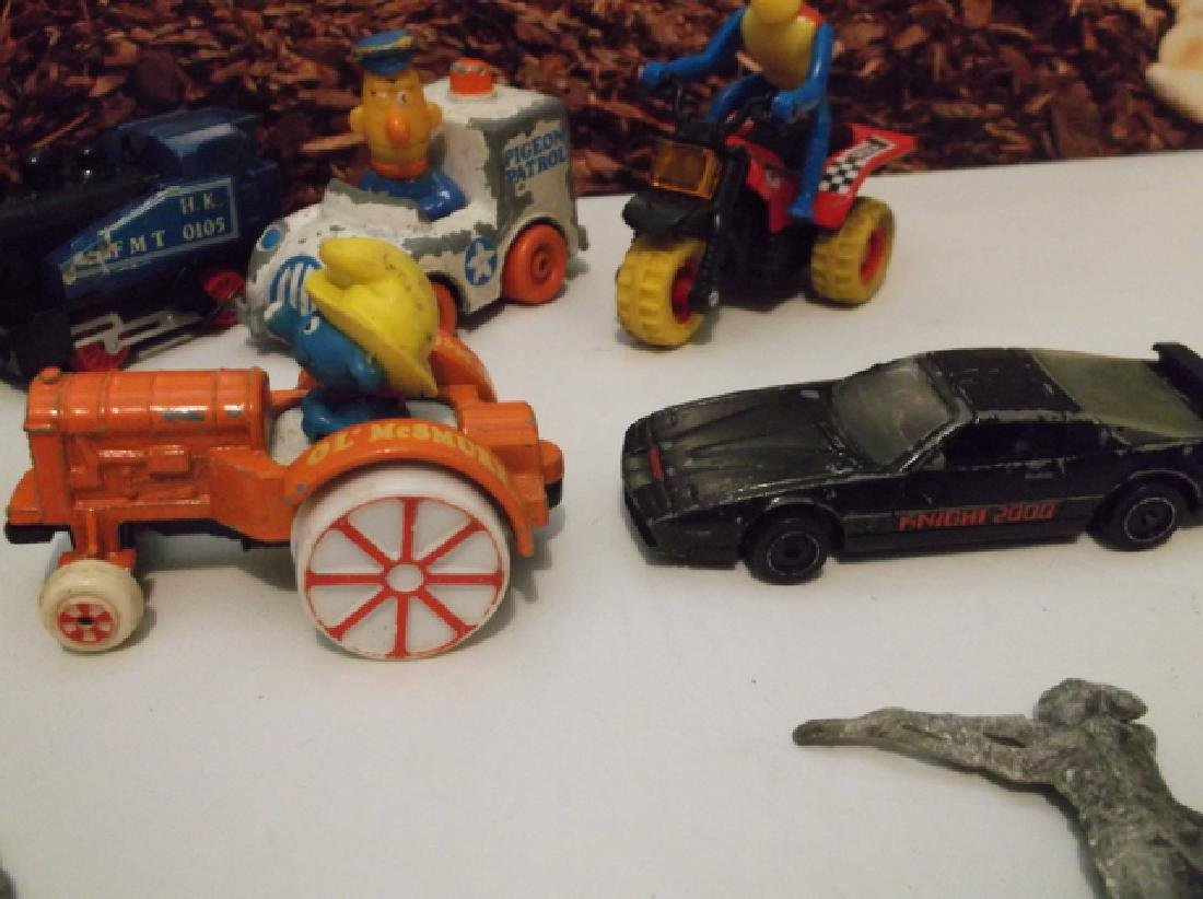 Antique Vintage Lot of Toys Lead Soldiers Smurfs Knight - 3