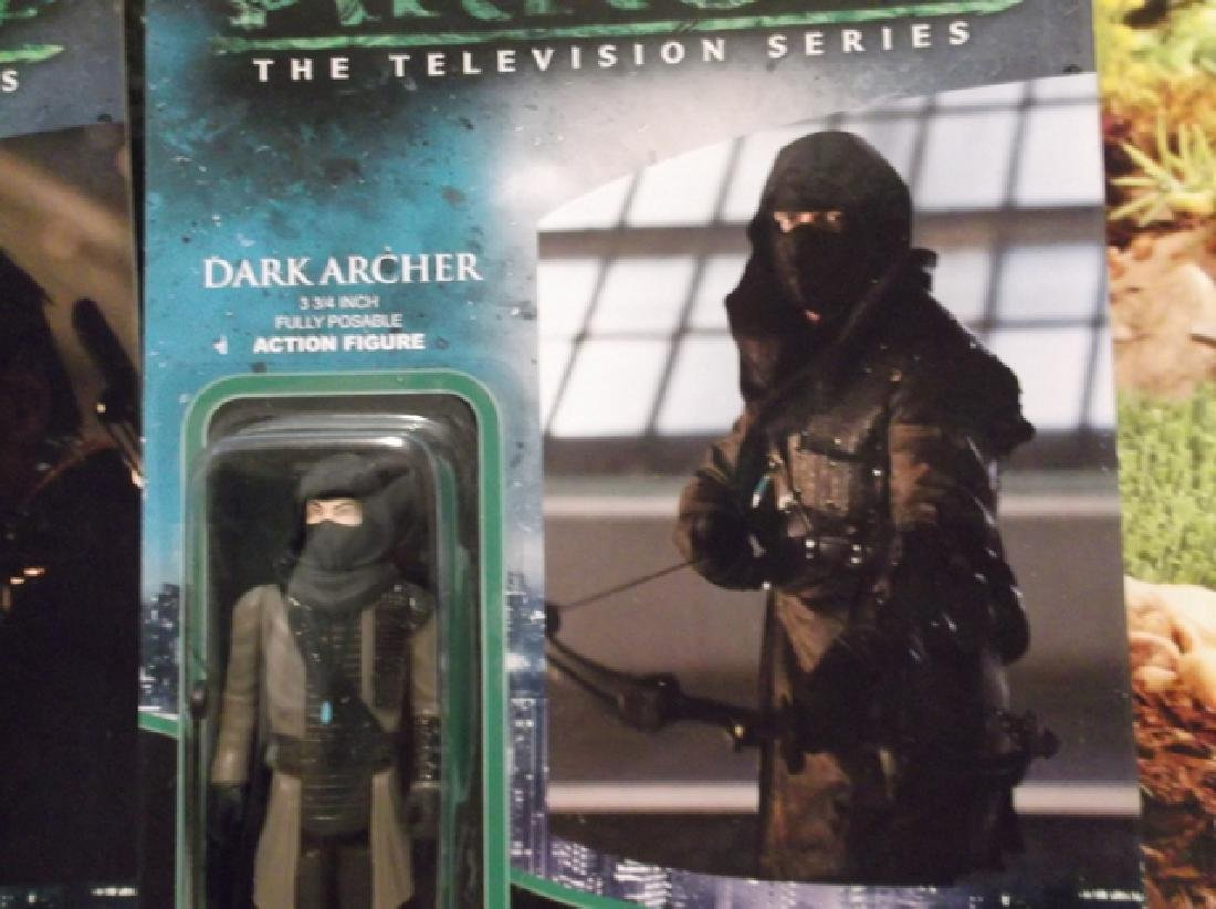 2 Green Arrow Actions Figures MOC Deathstroke Dark - 3