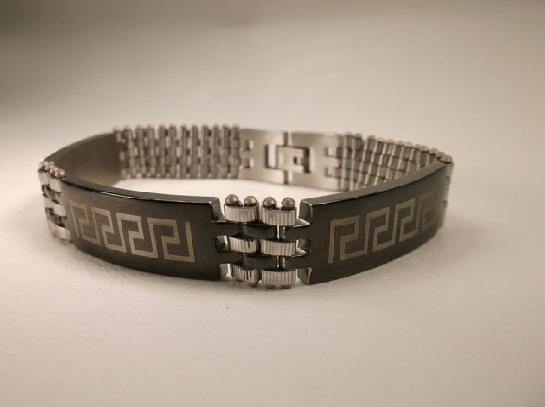 Gorgeous Stainless Steel Roman Link Bracelet 8.5 Inch
