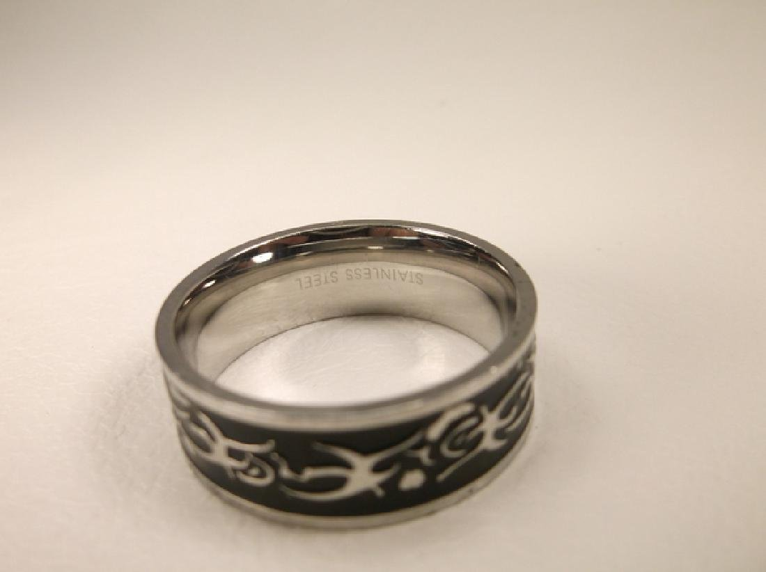 Gorgeous Stainless Steel Mens Tribal Design Ring Size - 3