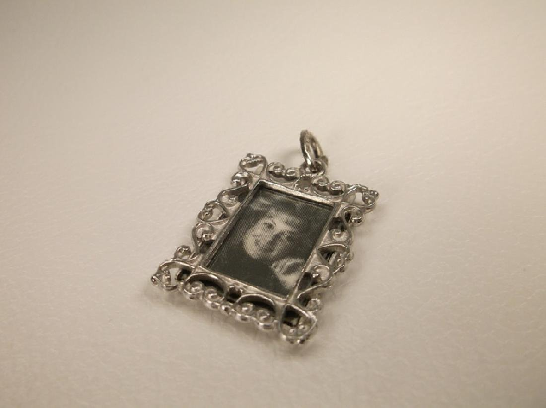 Gorgeous Vintage Beau Sterling Silver Picture Frame