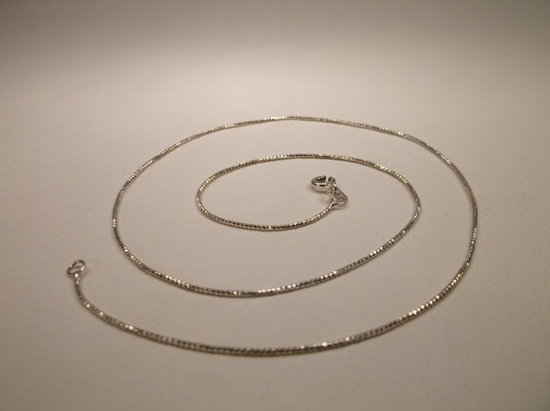 Gorgeous Sterling Silver Sparkle Chain Necklace 16""