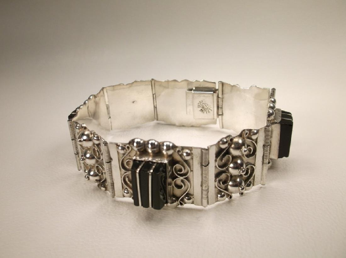 Stunn Antique Taxco Sterling Silver Onyx Panel Bracelet